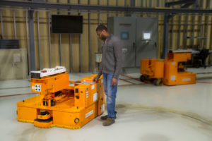 Wingspan battery-free AGV with automated lift